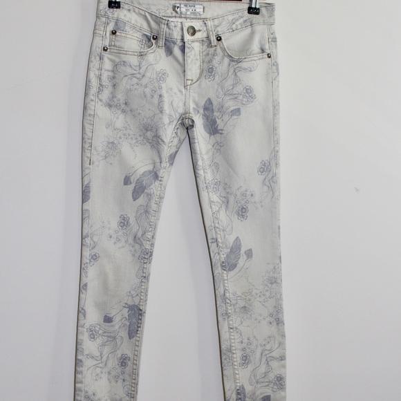 Free People Denim - Free People Floral Print Jeans size 24